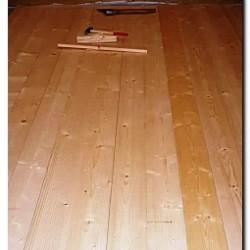 Полы из шпунтованной доски в деревянном доме