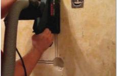 Как выполнить штробление стен под проводку и трубы своими руками