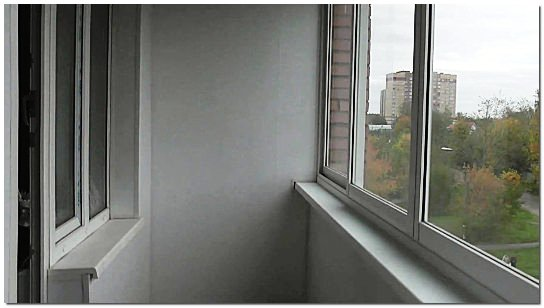 Отделка балкона пластиком