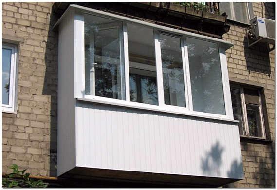 Обшивка балкона снаружи вагонкой ПВХ фото