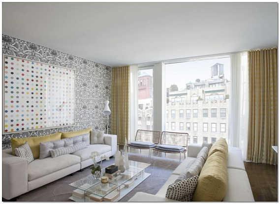Оформление окна в гостиной в современном стиле