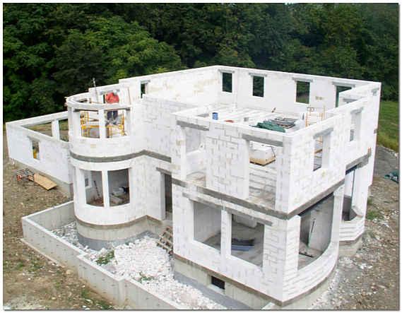 Строительство своего дома из пеноблоков фото