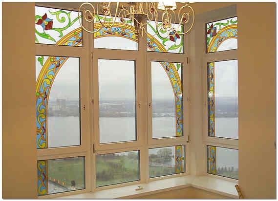 Витраж в стеклопакете окна ПВХ