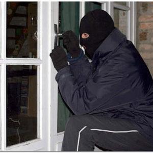 Эффективные способы защиты квартиры от воров и грабителей