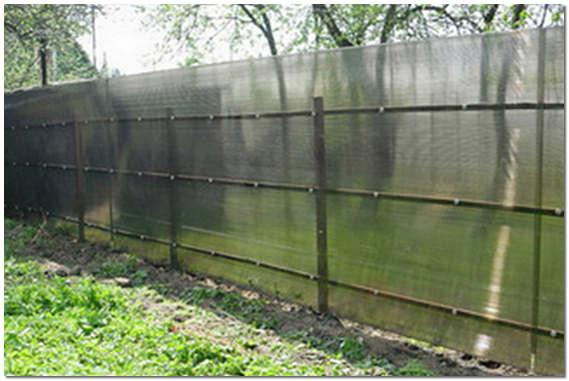 Забор из сотового поликарбоната