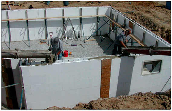 Заливка бетона в несъемную опалубку из пенополистирола