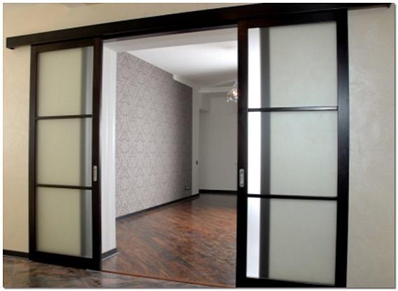 Двустворчатые раздвижные межкомнатные двери на рельсах