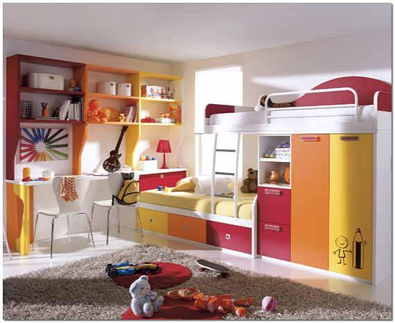 Ковер на полу детской комнаты