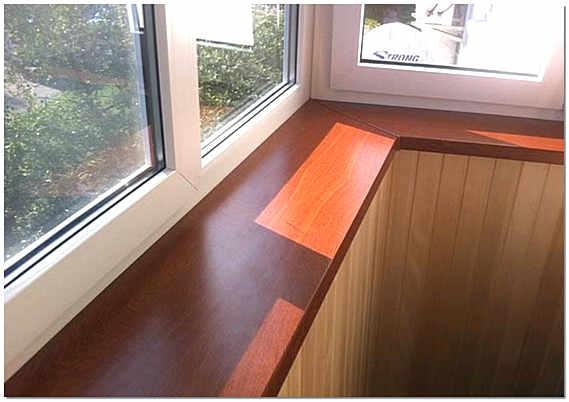Деревянный балконный подоконник