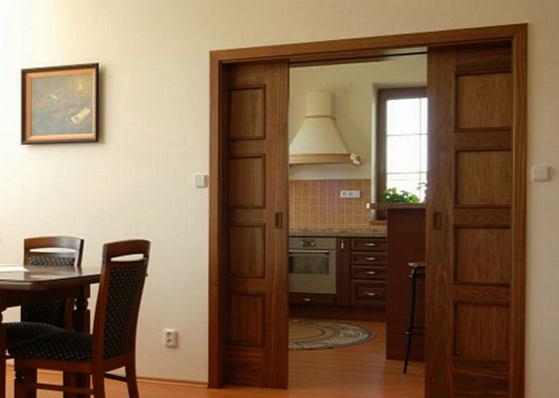 Двери купе межкомнатные в стену фото