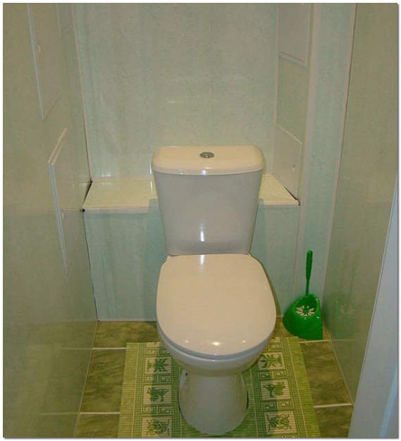 Отделка стен в туалете пластиковыми панелями