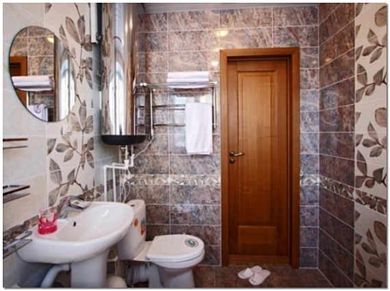 Ламинированная дверь в ванну и туалет