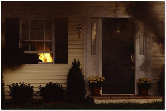 Как защитить дом от пожара