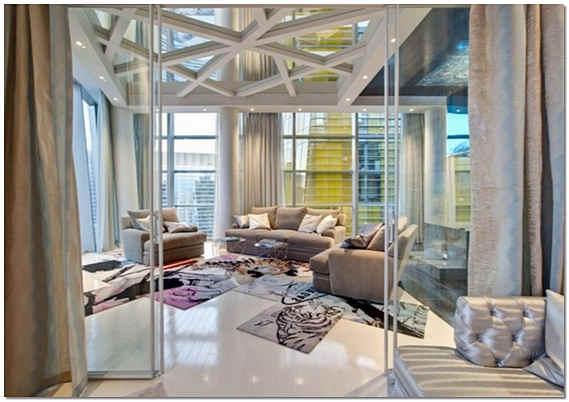 Зеркала на потолке в гостиной фото