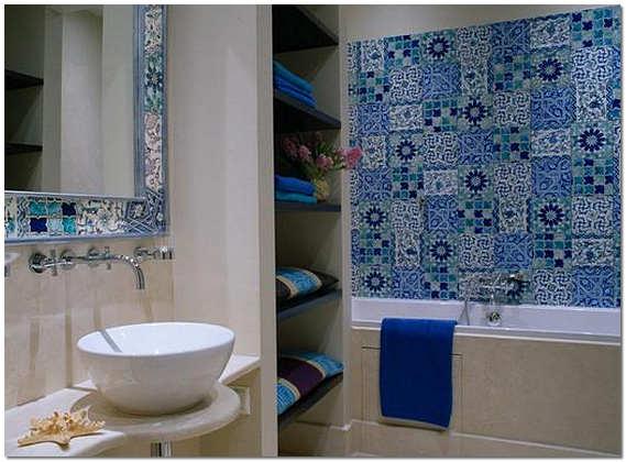 Итальянская майолика в ванной комнате