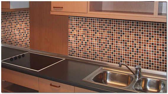 Фартук для кухни из керамической мозаики