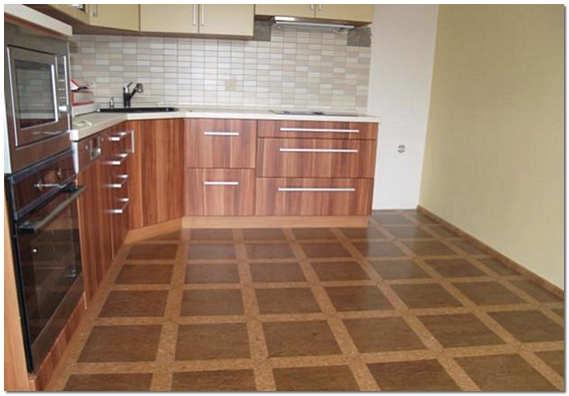 Качественный линолеум на кухне фото