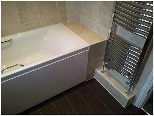 Укладка керамической плитки при большом зазоре между ванной и стеной фото